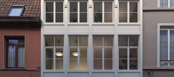 Top gelegen gerenoveerde woning in centrum Gent.
