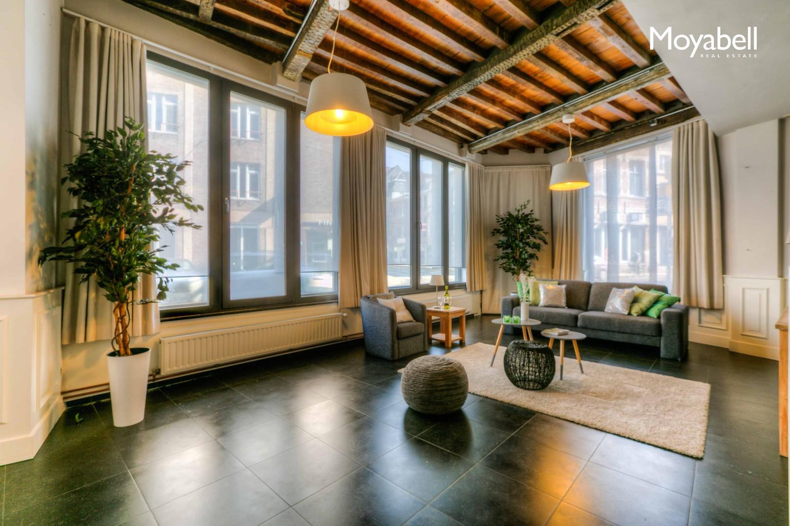 Gerenoveerde multifunctionele woning in het Sint-Elisabeth Begijnhof, Gent.